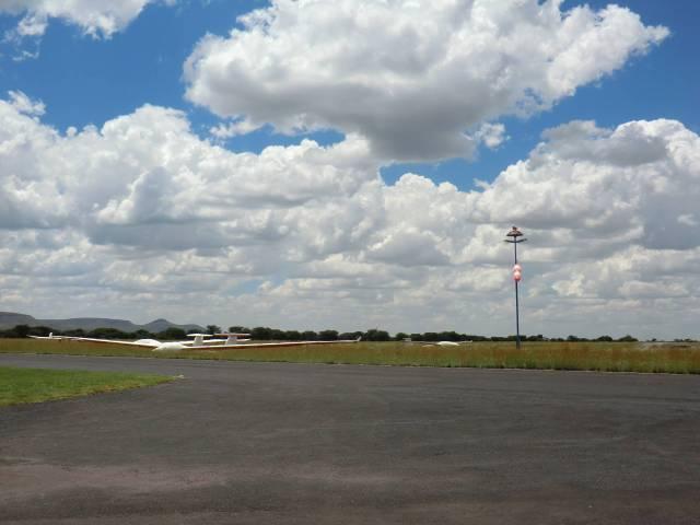 15-Bild1-Flugplatz